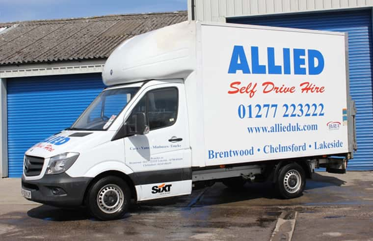"""bdf6478963 A Mercedes Sprinter style """"Luton"""" Ideal for large"""